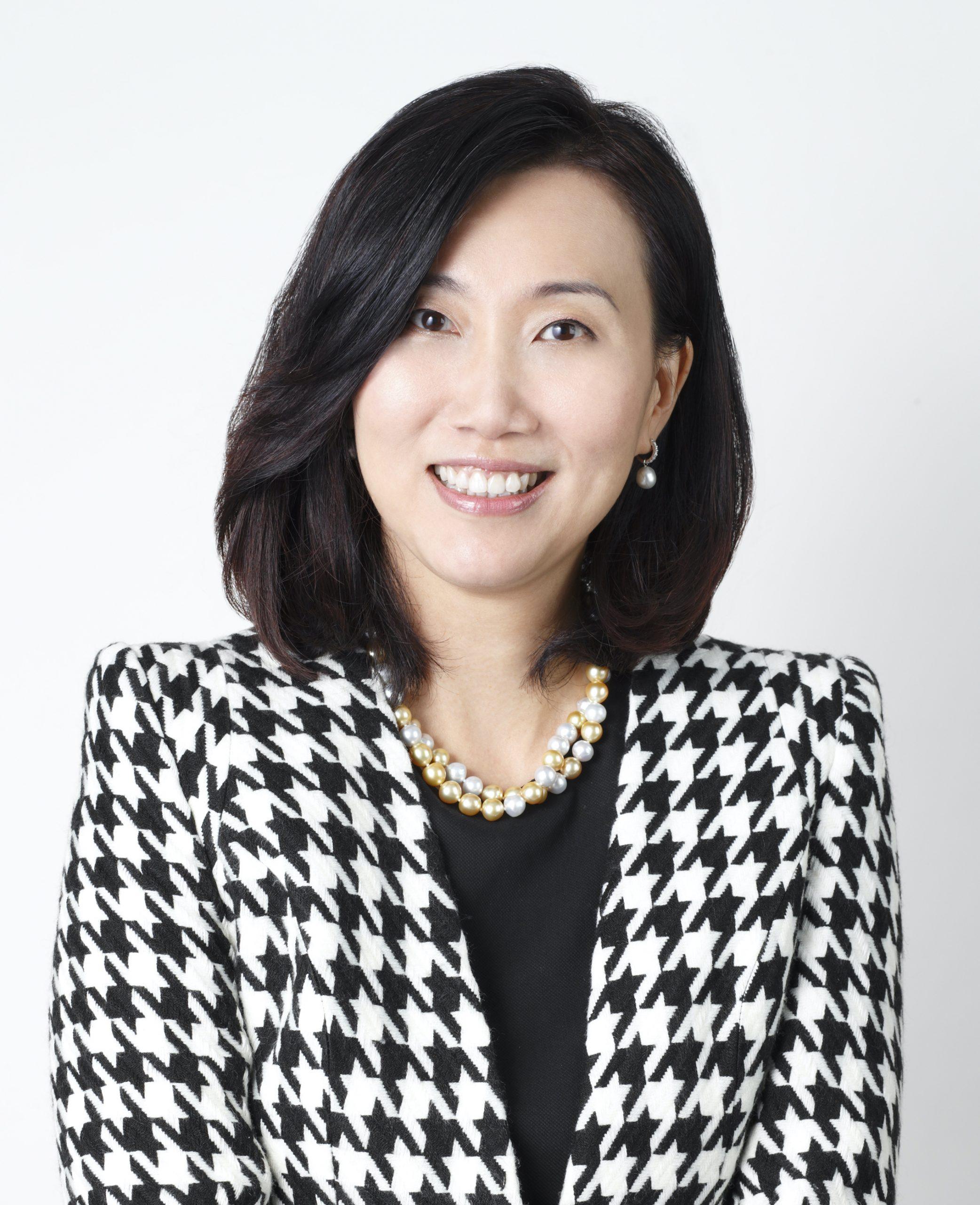 Ms Mary Huen